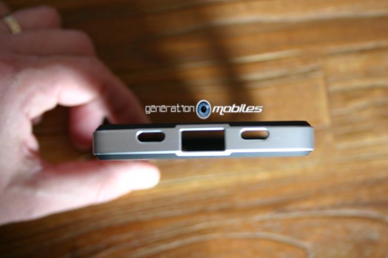 [MOBILEFUN.FR] Test Coque Nexus 5 Spigen SGP Neo Hybrid – Argent Satiné  610