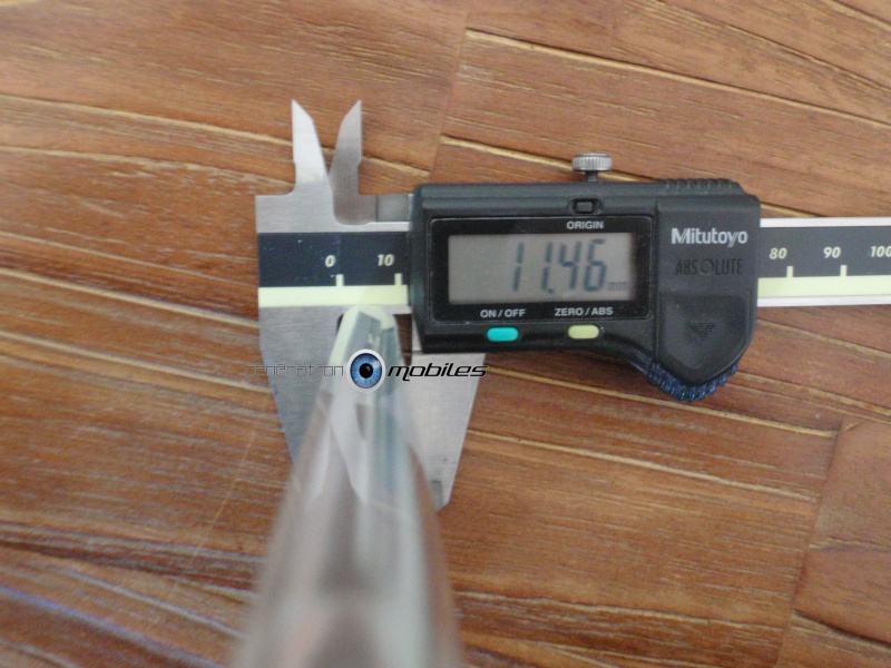 [MOBILEFUN.FR] Test Coque HTC One M8 Spigen Ultra Fit – Transparente Ep310