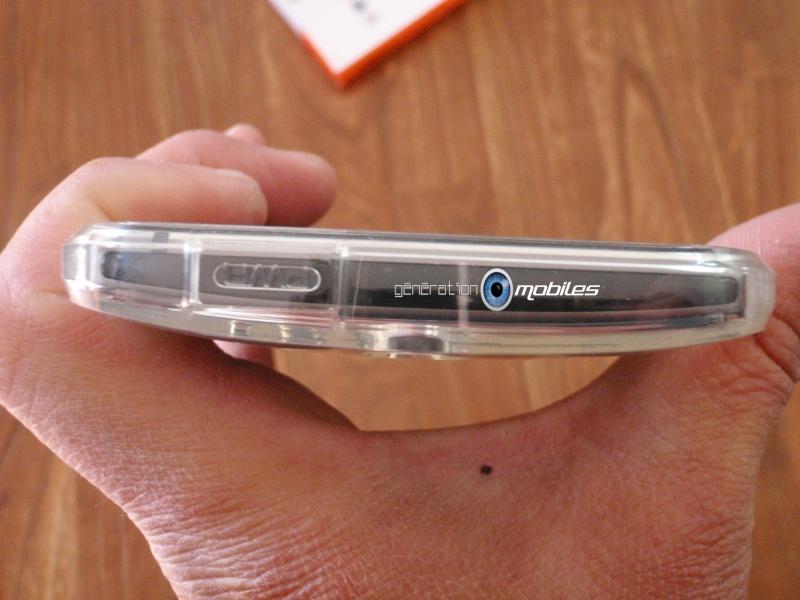 [MOBILEFUN.FR] Test Coque HTC One M8 Spigen Ultra Fit – Transparente Tel410