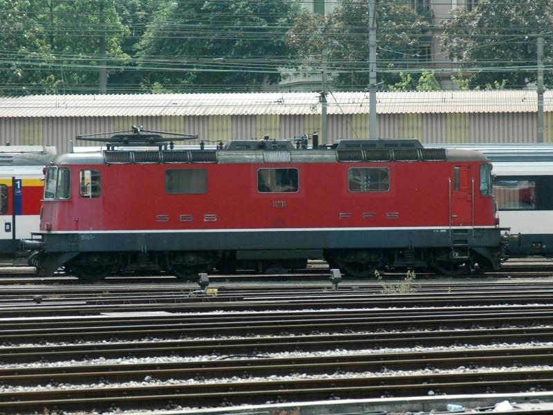 Suisse :  Re 4/4 II (Re 420, Re 421) ... Re_4_418
