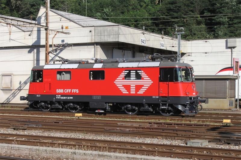 Suisse :  Re 4/4 II (Re 420, Re 421) ... Re_4_430