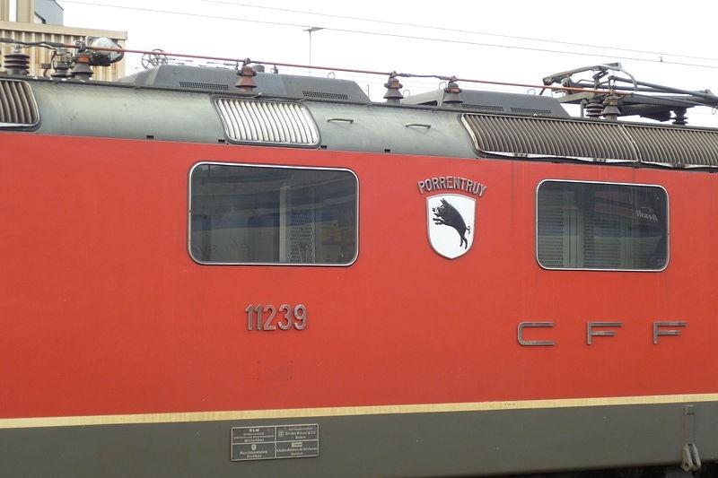 Suisse :  Re 4/4 II (Re 420, Re 421) ... Re_bla10