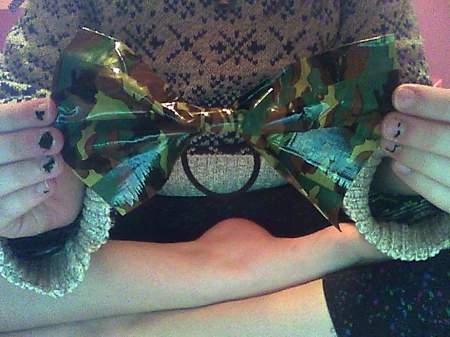 Cute Duct-Tape bows I made today c: Snapsh12