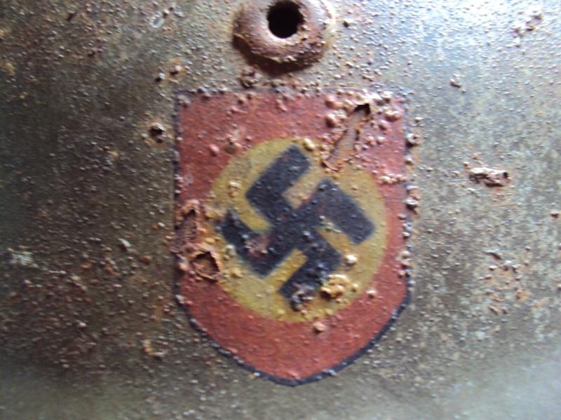 Casque allemand modèle 40 Polizei  à estimer Dsc06613