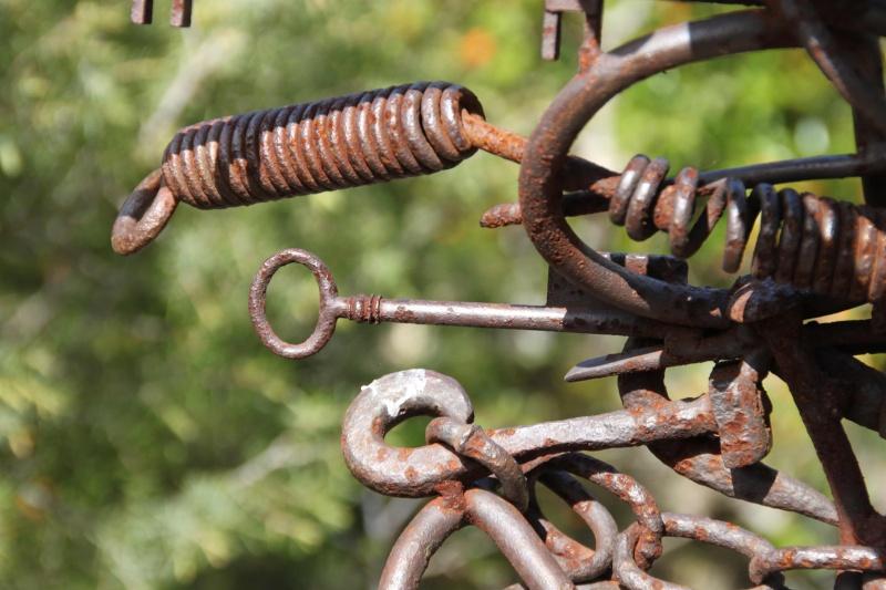 sentier sculpturel de Mayronnes (Aude) Img_9213