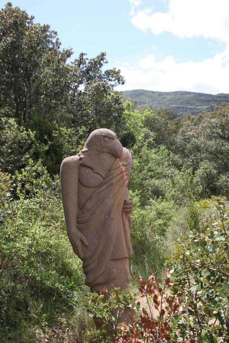 sentier sculpturel de Mayronnes (Aude) Img_9223