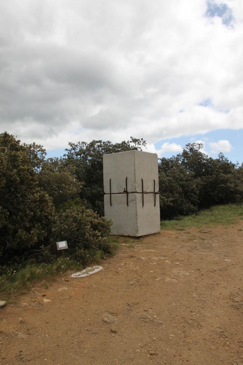 sentier sculpturel de Mayronnes (Aude) Img_9228
