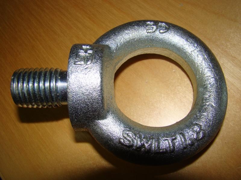 vend anneaux de remorquage ou treuillage Dsc01512