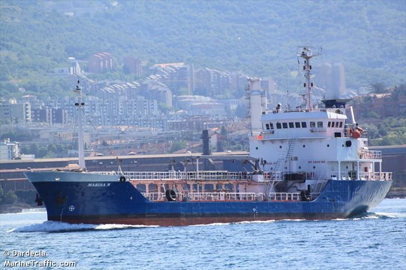 Nave cisterna Marisa N. attrezzata per antinquinamento Marisa10