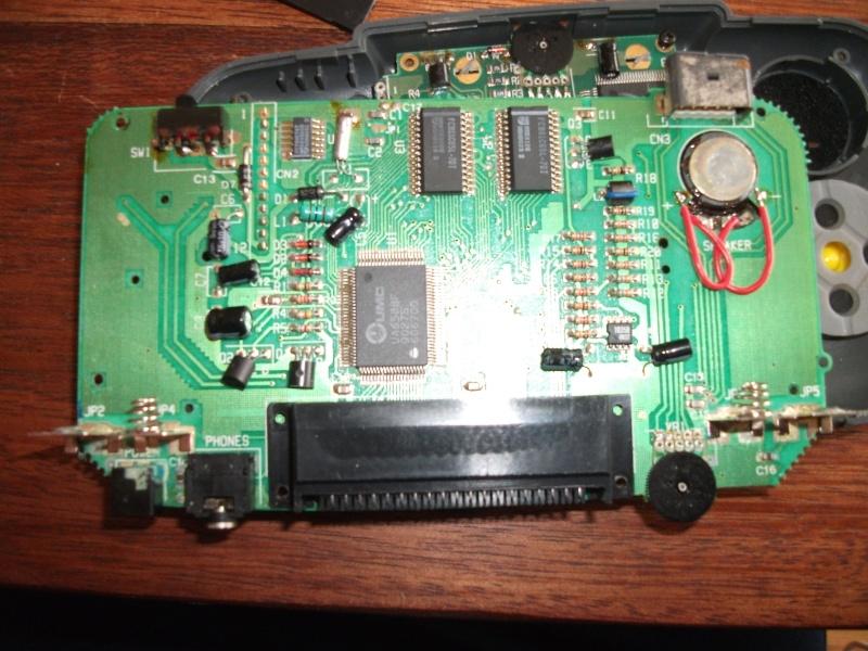 [Résolu Merci ] Probleme Console portable  Gamate qui ne s'allume pas  Dscf1311