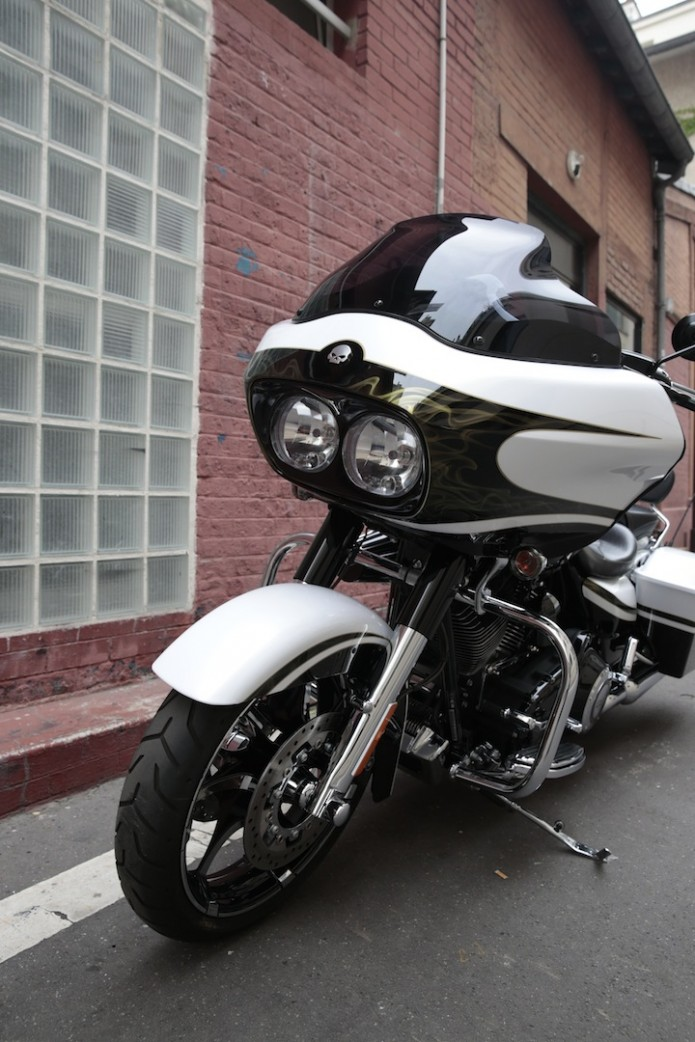 ROAD GLIDE CVO 2013 - Page 14 J4a85510