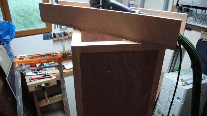 Colonne de rangement pour atelier trop petit.. L1030338