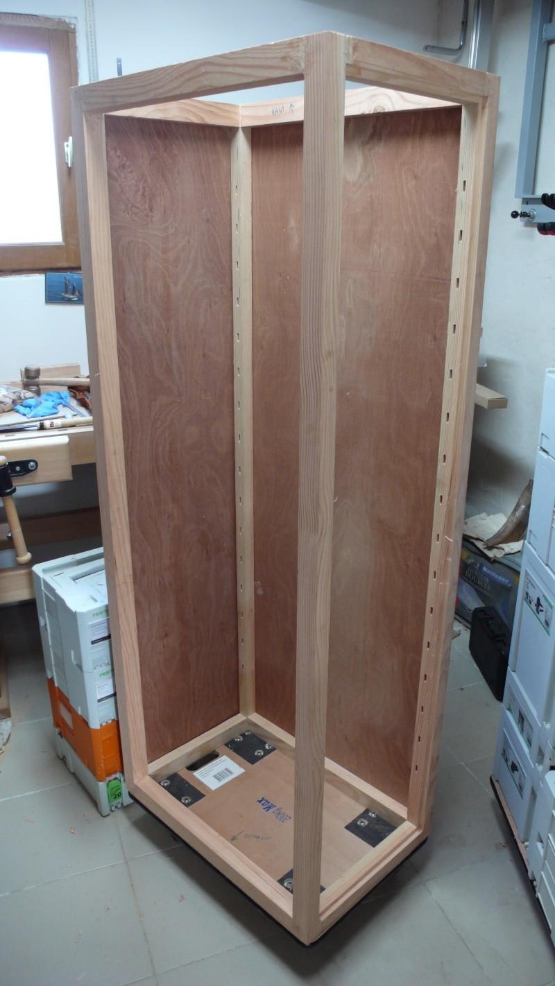 Colonne de rangement pour atelier trop petit.. L1030341