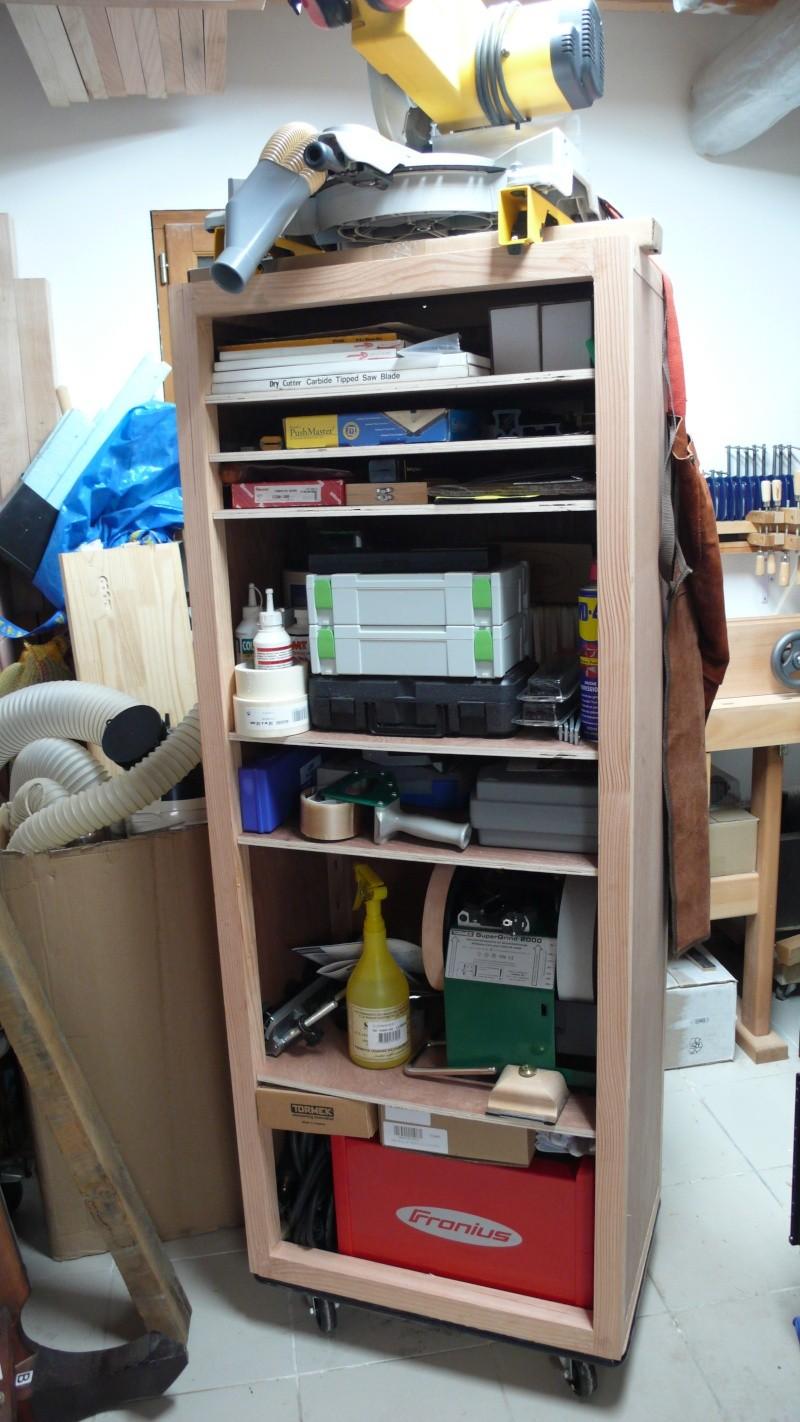 Colonne de rangement pour atelier trop petit.. L1030342