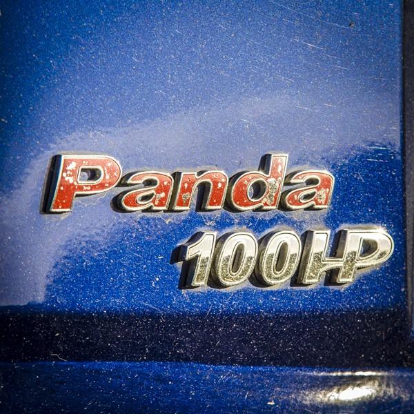 """Remplacer le sigle """"Panda"""" rouge par un nouveau Bg10"""