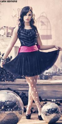 Demi Lovato Sem_ta59