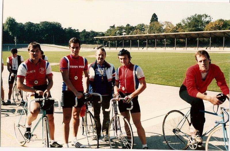 F.S.G.T, c'était la Section Cycliste du Club-Olympique Municipal de Bagneux 88394810