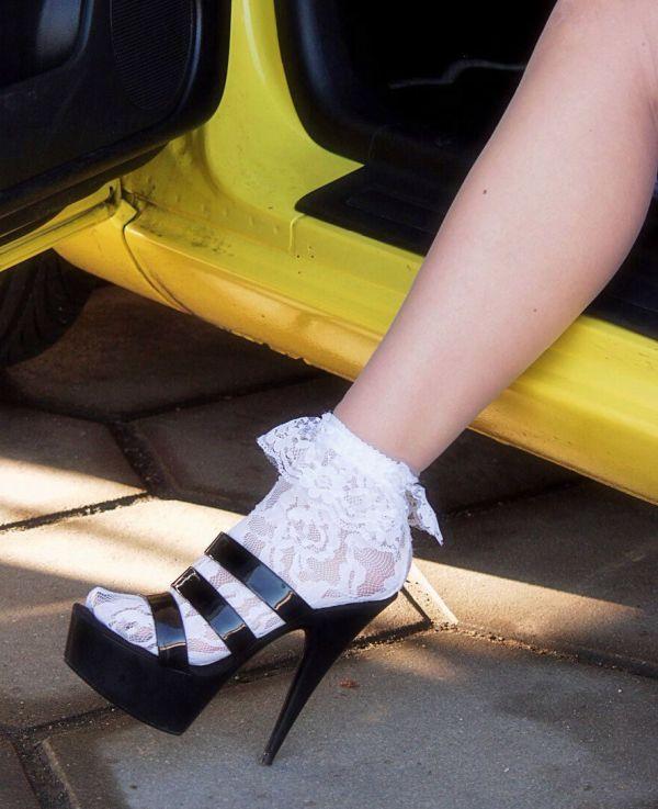 Donne e Lotus 311