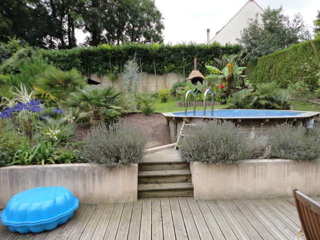 Petit jardin dans l'oise Dsc07312