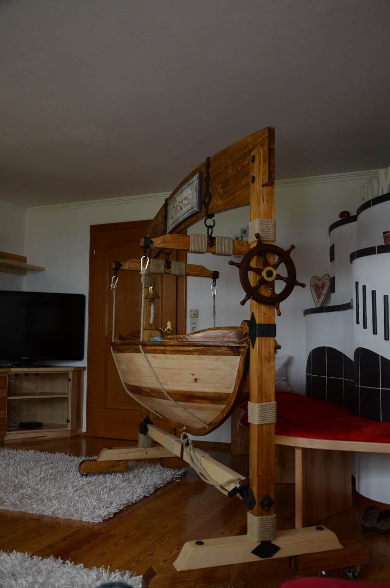 Ein Boot Als Babywiege