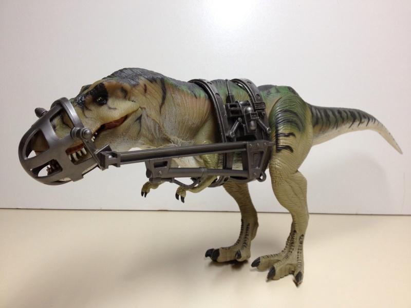 Cerco dinosauri e veicoli jurassic park Captur12