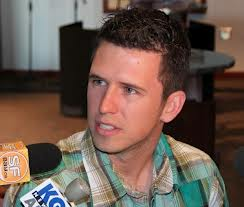 Buster Posey Weight in Pounds and kg lbs Image202