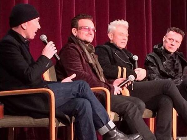 [UPDATE - VIDEO] Gli U2 eseguono 'Invisible' sul tetto della NBC Bgnx2w10