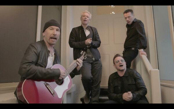 "Il video degli U2 per ""The Alarm Tribute"" Bk92aq11"