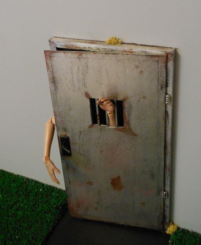 diorama walking dead   idées ?? 2013-072