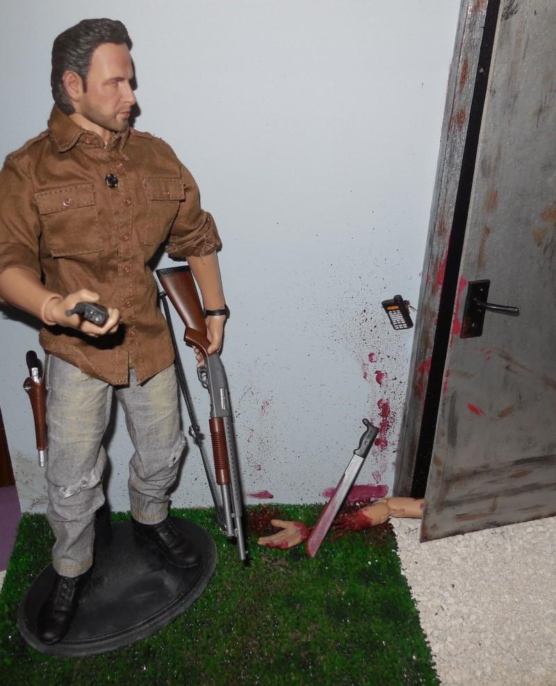 diorama walking dead   idées ?? - Page 2 2013-091