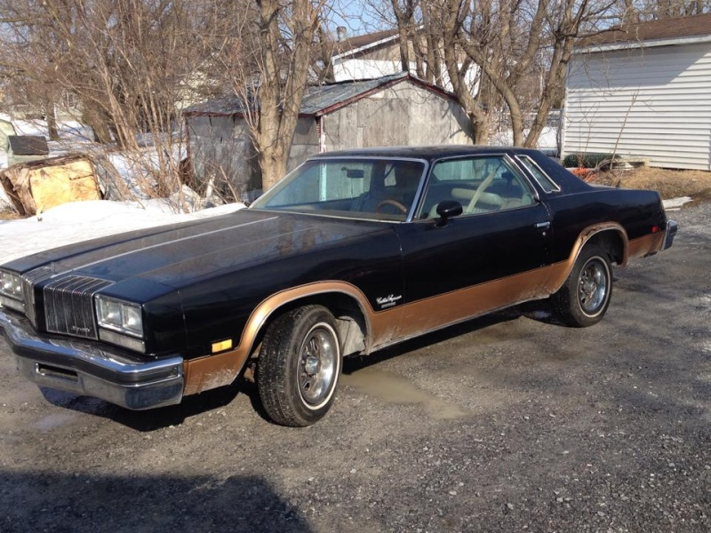 oldsmobile cutlass supreme 1977 1500$ Cut110