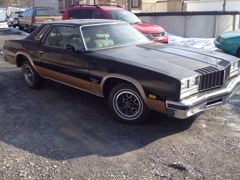 oldsmobile cutlass supreme 1977 1500$ Cut210