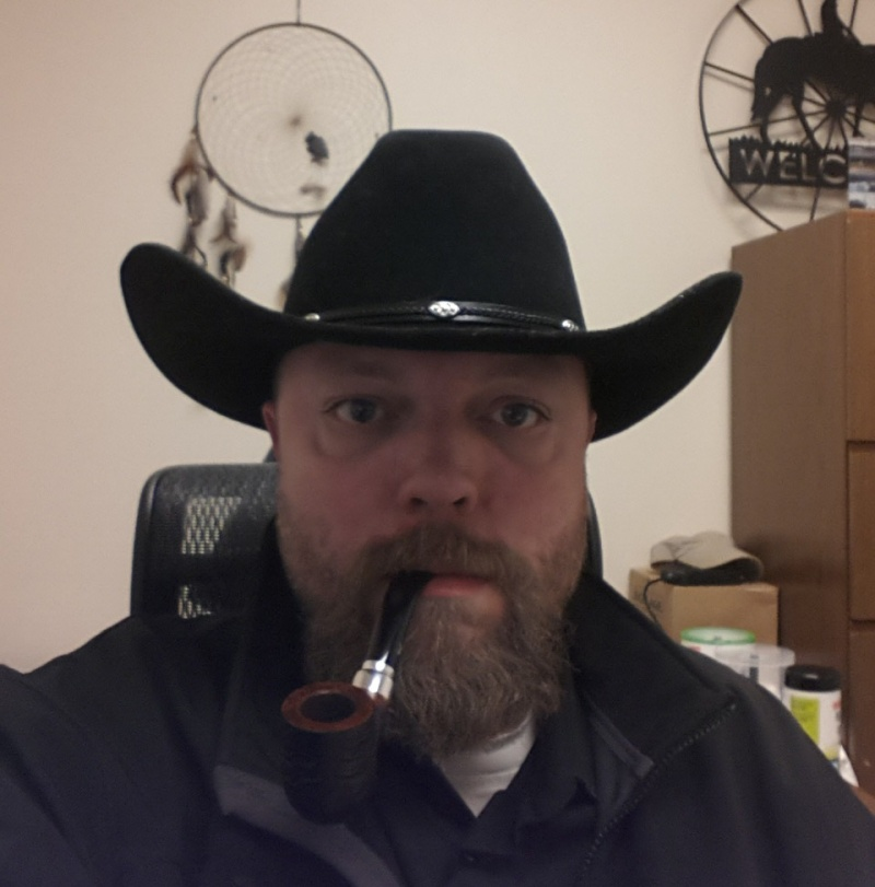 LET'S SEE PICS OF YOU SMOKING A PIPE - Page 3 Me10