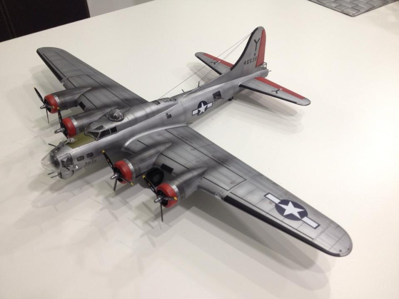 B-17G Miss Prissy 1/72 scale 16563210