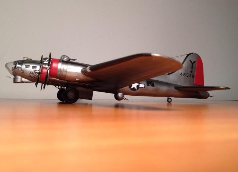 B-17G Miss Prissy 1/72 scale 16880510