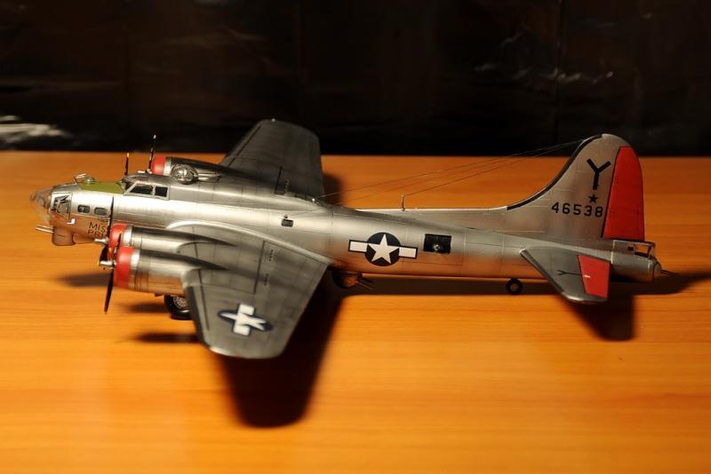 B-17G Miss Prissy 1/72 scale Dsc_0010