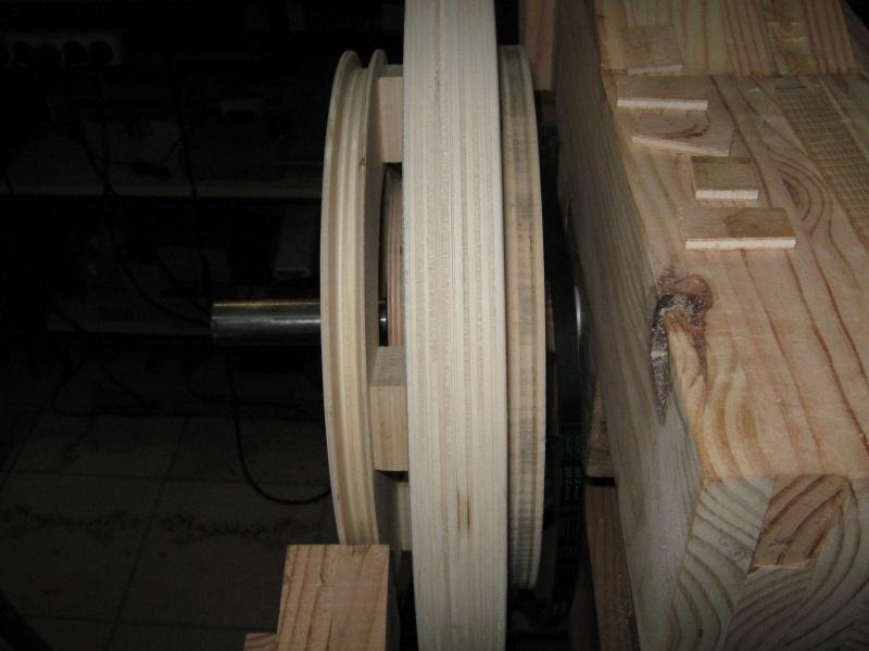 [Fabrication] Scie à ruban en bois - Page 11 Img_0710