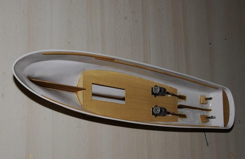 "Le ""SAMSON II"" de Billing Boats au 1/33   _2009423"
