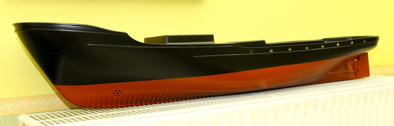 """Remorqueur de haute mer """"OCEANIC"""" de HEGI Modellbau  échelle 1/85  - Page 2 _dsc9417"""