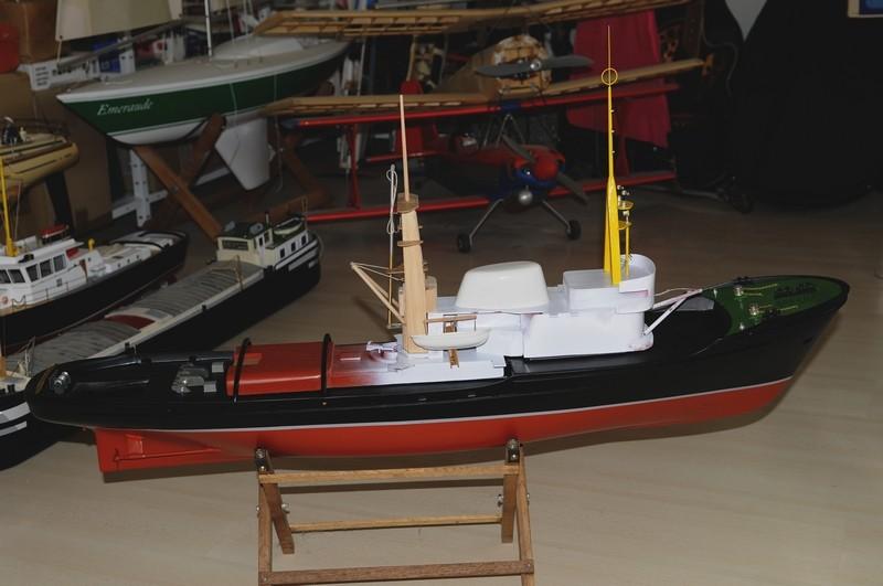 """Remorqueur de haute mer """"OCEANIC"""" de HEGI Modellbau  échelle 1/85  - Page 2 _dsc9419"""