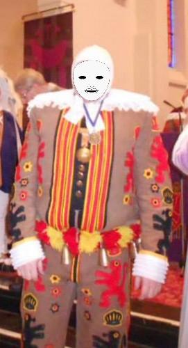Qui habille les Gilles de Rebecq?? Gille_12