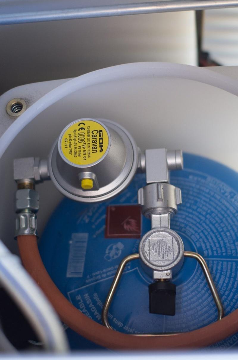 Montage gaz sur MP Viano 2011 livré sans bouteille/robinet Montag10