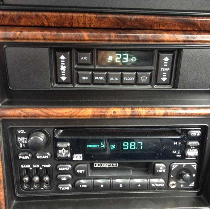 manuel autoradio et gamme de fréquences européennes Poste110