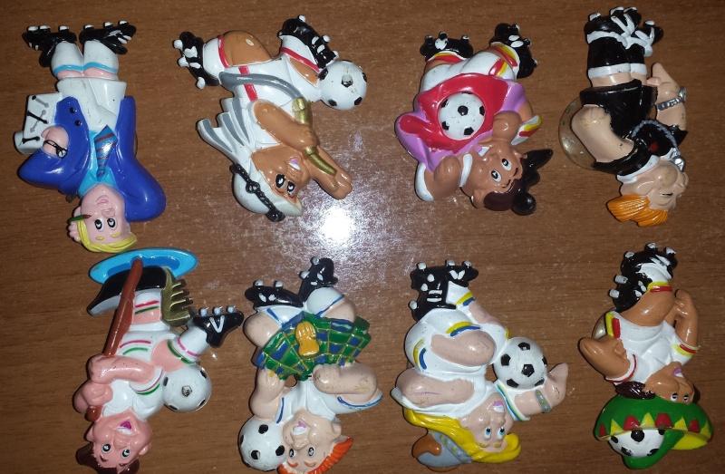 VENDO Collezioni Kinder Sorpresa, Kinder Ferrero, Parmalat e Mulino Bianco 20140231