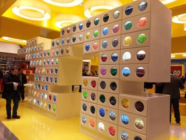 [Disney Village] Lego Store (Printemps 2014) 19795910