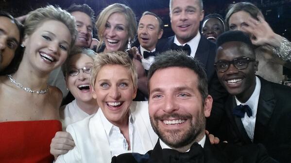 Ellen DeGeneres aux Oscars Bhxwut10