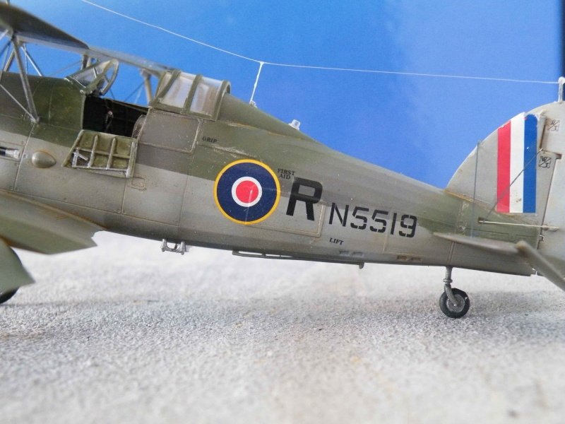 Gloster Sea Gladiator 910