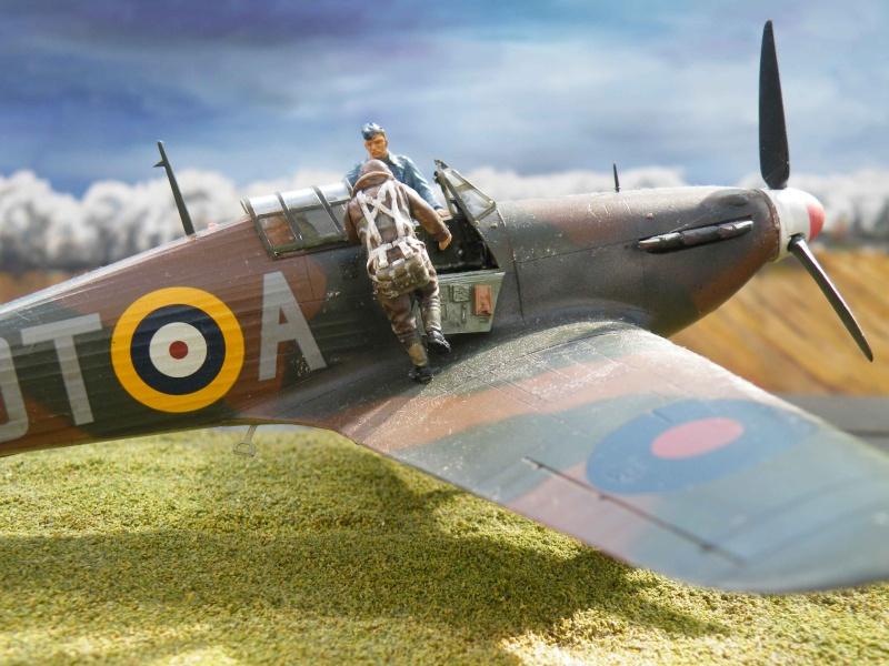 SCRAMBLE!!! pour Huricane battle of Britain 1/48 Dscf6310