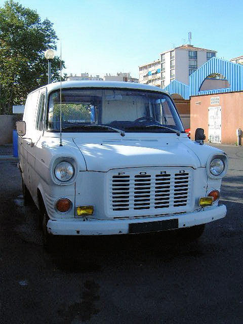 [Mk1] 1974 diesel Fourgon FT100... le voici  Ford111
