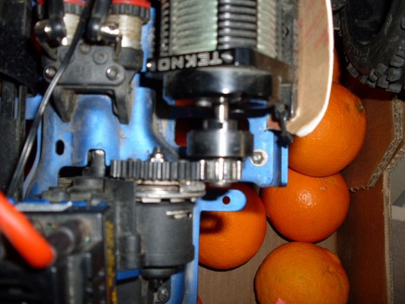 B-revo smileyrc Sdc12921